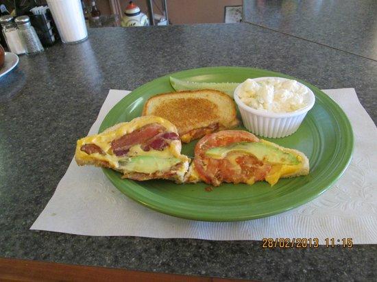 Nana Gail's Cafe: Sourdough, cheddar cheese, tomato, bacon, avacado Fantastic !