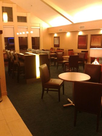 Residence Inn Fairfax Merrifield: Breakfast area