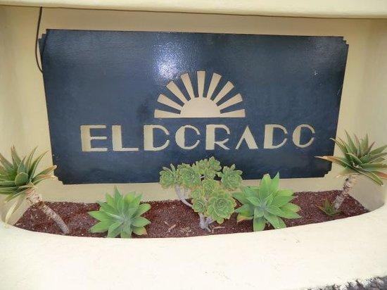LABRANDA El Dorado: Välskött trädgård
