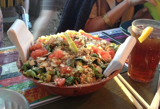 Satchel's Pizza : The Satch Salad!