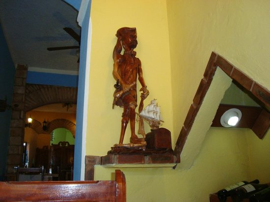 Restaurante Taberna Ochun Yemaya: decoracion