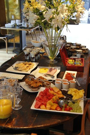 The Aubrey Boutique Hotel: Breakfast buffet