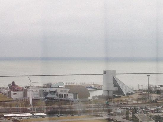 Cleveland Marriott Downtown at Key Center: view from a lakeside room