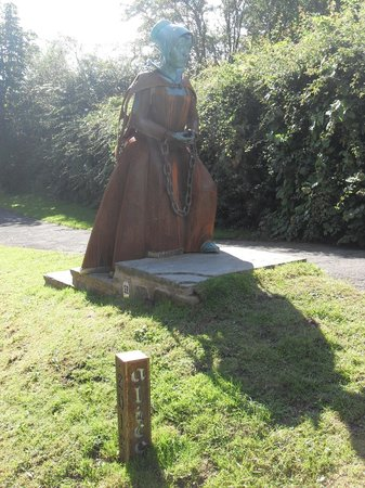 Alice Nutter statue in Roughlee, Pendle