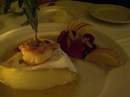 Martini Grill: Brie and shrimp appetizer