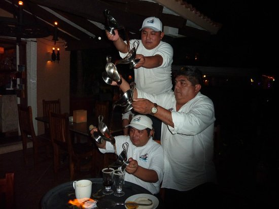 Hippos Marina Lounge: Mayan Coffee made table side!