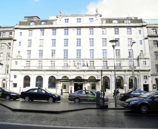 Hotel Riu Plaza The Gresham Dublin: Destroyed during the 1916 Easter Rising, it was rebuilt after.