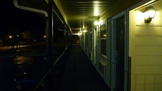 Econo Lodge Crystal Coast: Corridor
