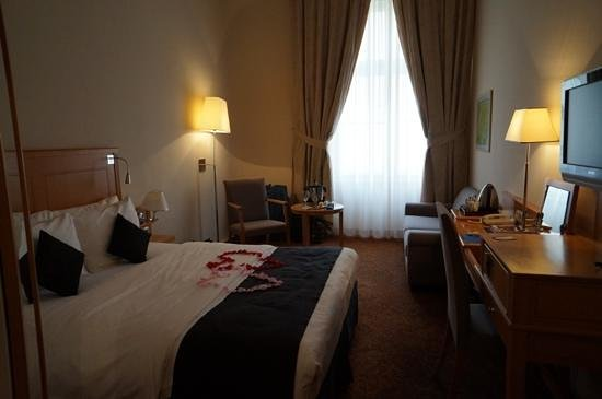 Hotel Century Old Town Prague - MGallery by Sofitel: room