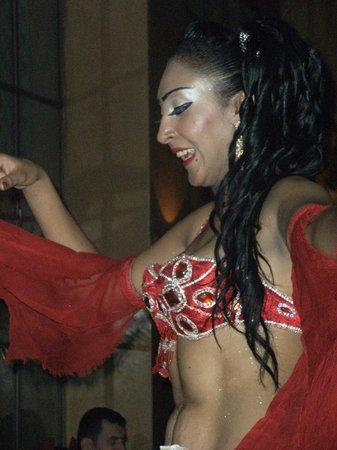 Riad Swaka : danseuse