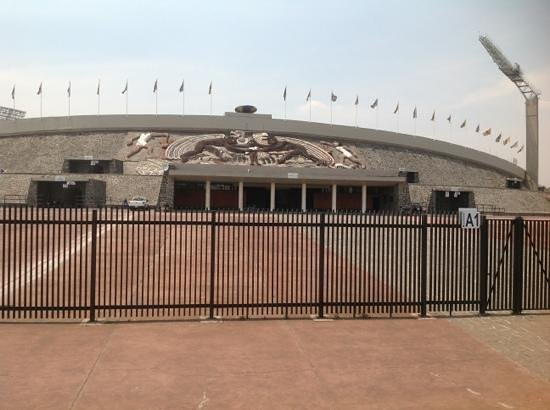 Ciudad Universitaria: Olympic Stadium