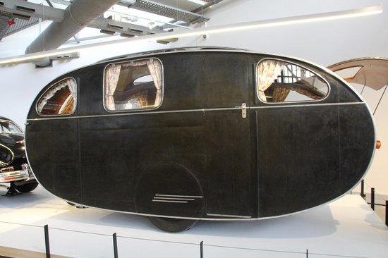 Toitu Otago Settlers Museum: the caravan!!!!!!!!!