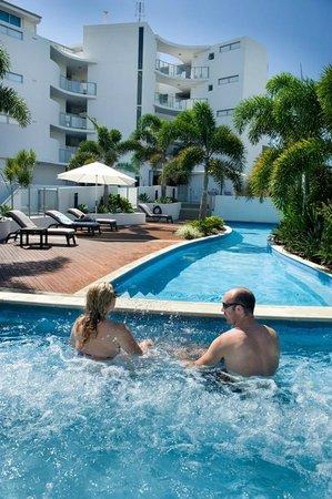 Manta Bargara Resort : Pool