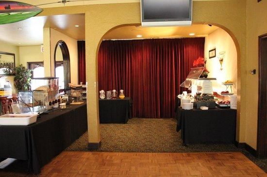 Best Western Seacliff Inn: Breakfast Area