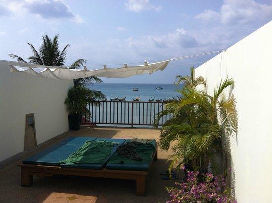 Wabi-Sabi Layalina X'Clusive Beachfront Boutique Resort Phuket: Blick von Dachterrasse