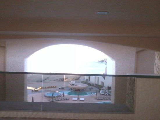 Penasco Del Sol Hotel: Hotel & grounds