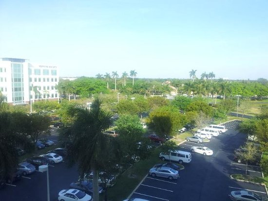 Renaissance Fort Lauderdale-Plantation Hotel: parking lot