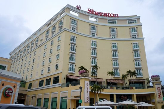 Sheraton Old San Juan Hotel: View from Across the street
