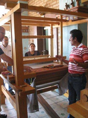 Casa de los Milagros B&B: Master Wool Rug Weaver