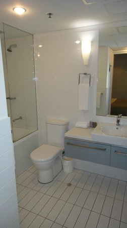 Oaks Horizons : Bathroom