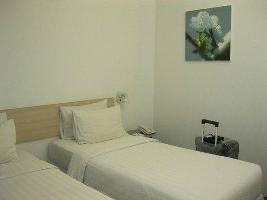 Malaka Hotel: Bed