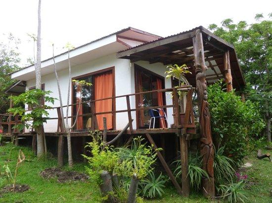 Mana Nui Inn: room