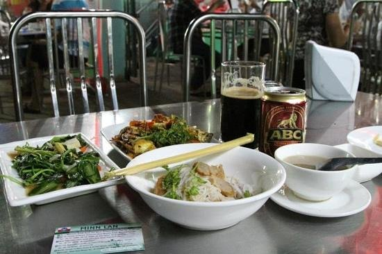 Minn Lan: soft-shell crab, veggie, beer, two noodles (one not in photo), and a dessert (not in photo) - al