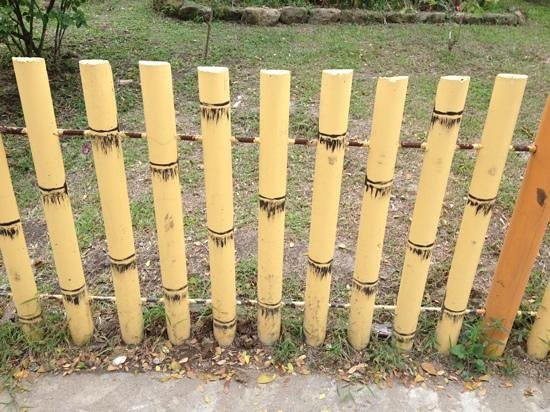 Nayong Pilipino Clark: faux bamboo fence