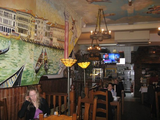 Mermaid Suite Hotel: Restaurant for breakfast