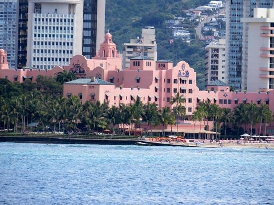 """Azure Restaurant: the historical """"Pink Palace"""""""