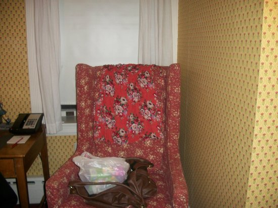 The Red Lion Inn: Comfortable chair