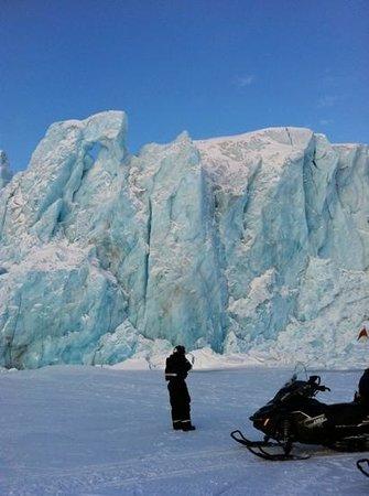 Spitzbergen Adventures: Tuna glacier