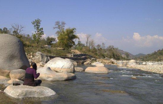 Tatwani Hot Spring: Neaby beautiful river...