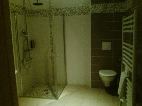 Le Champalud: Salle de bain