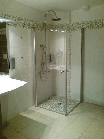 Le Champalud : Salle de bain