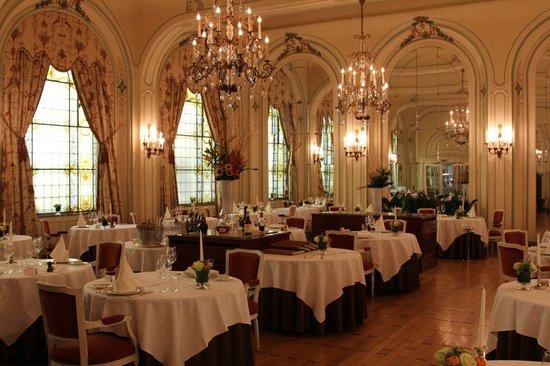Hotel Metropole: The lovely restaurant