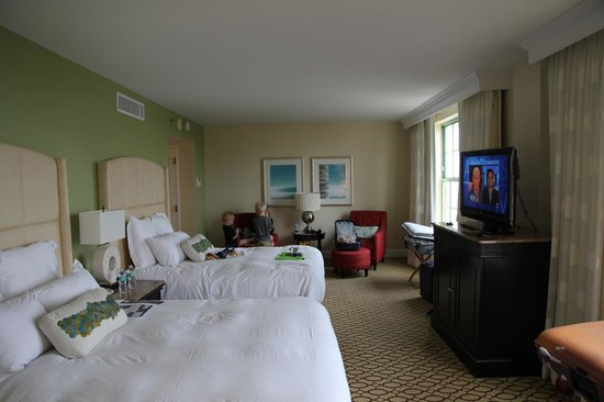 The Vinoy Renaissance St. Petersburg Resort & Golf Club: room main builing
