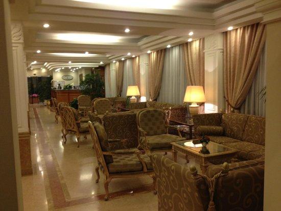 BEST WESTERN Hotel Mozart : sala