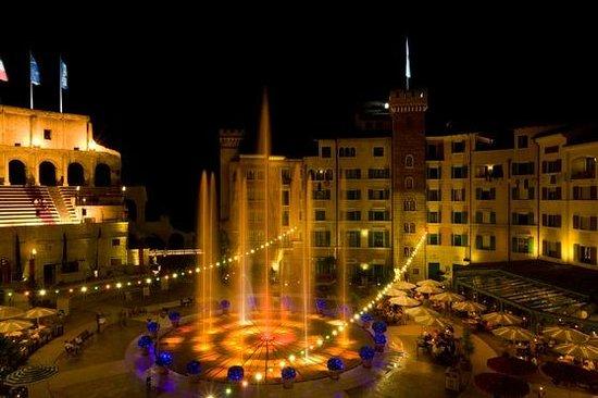 "Hotel ""Colosseo"" Europa-Park: Springbrunnen Piazza Hotel ""Colosseo"""
