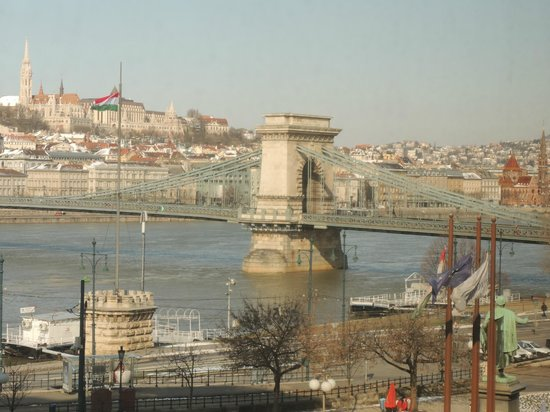 Sofitel Budapest Chain Bridge: la vista dalla camera