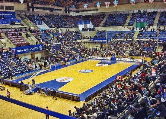 Halkapinar Arena