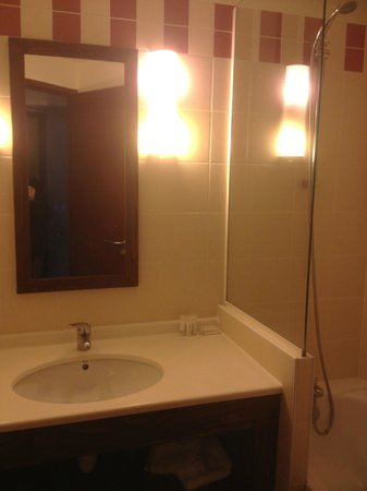 Pierre & Vacances Residence Le Belmont: bathroom