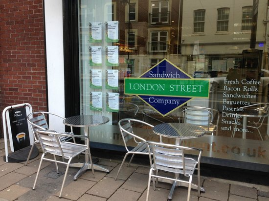 The London Street Sandwich Company: Outside seating for LSSC patrons