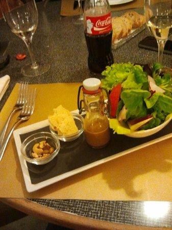 Hotel Krone: Das Auge isst mit, sehr schöne Anrichtung der Salate