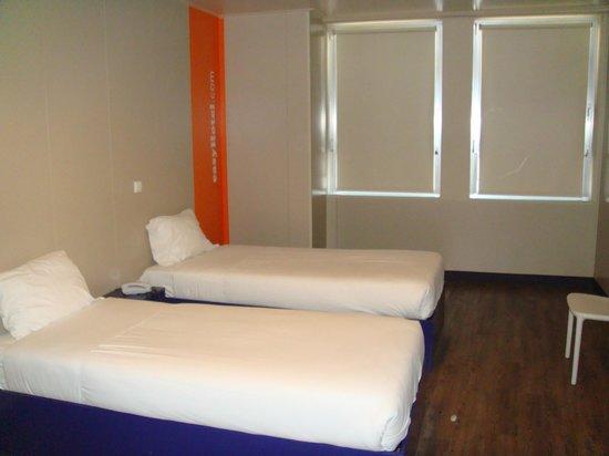 iStay Hotel Porto Centro: camera