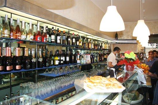 Cairoli Cafe