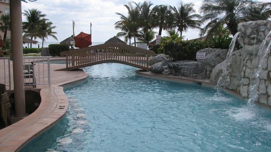 Island Seas Resort: Side view of pool, waterfalls, and hot tub area