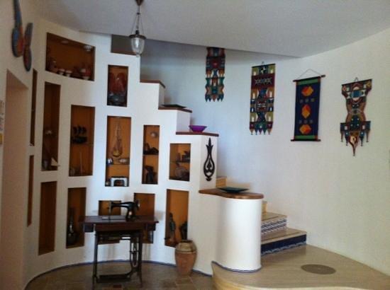 Villa Asina: odalara çıkan merdivenler