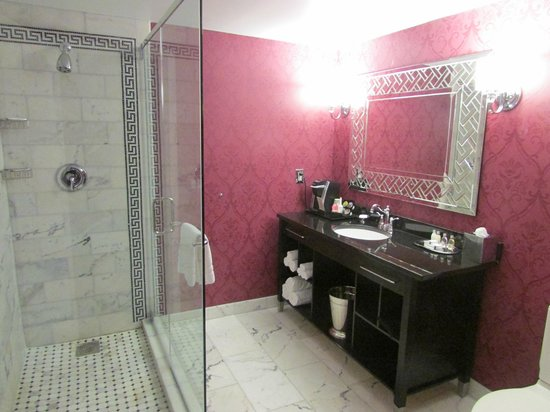 The Siena Hotel, Autograph Collection: Double shower and quality fittings