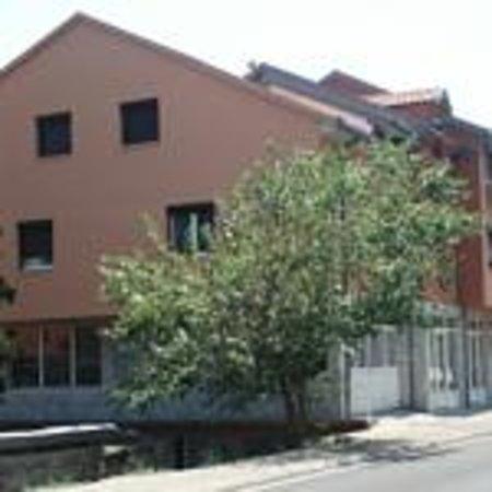 Villa Monera